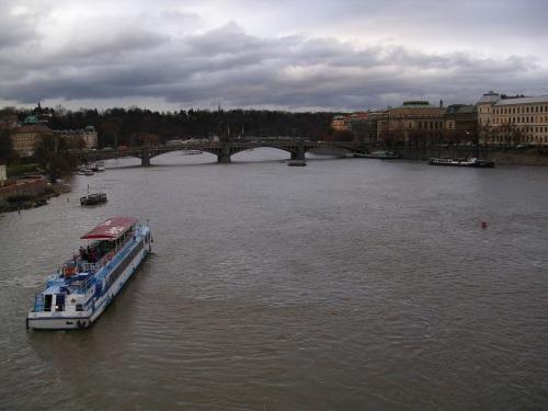 Cruceiro polo Rio Moldava