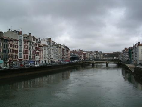 Río Nive en Baiona