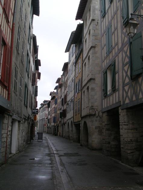"""Calle en el """"Petit Bayonne"""""""