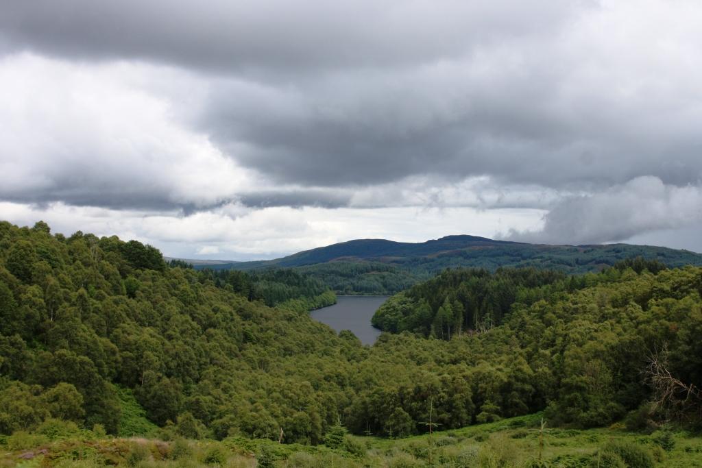 The Trossachs National Park, preto de Loch Katrine