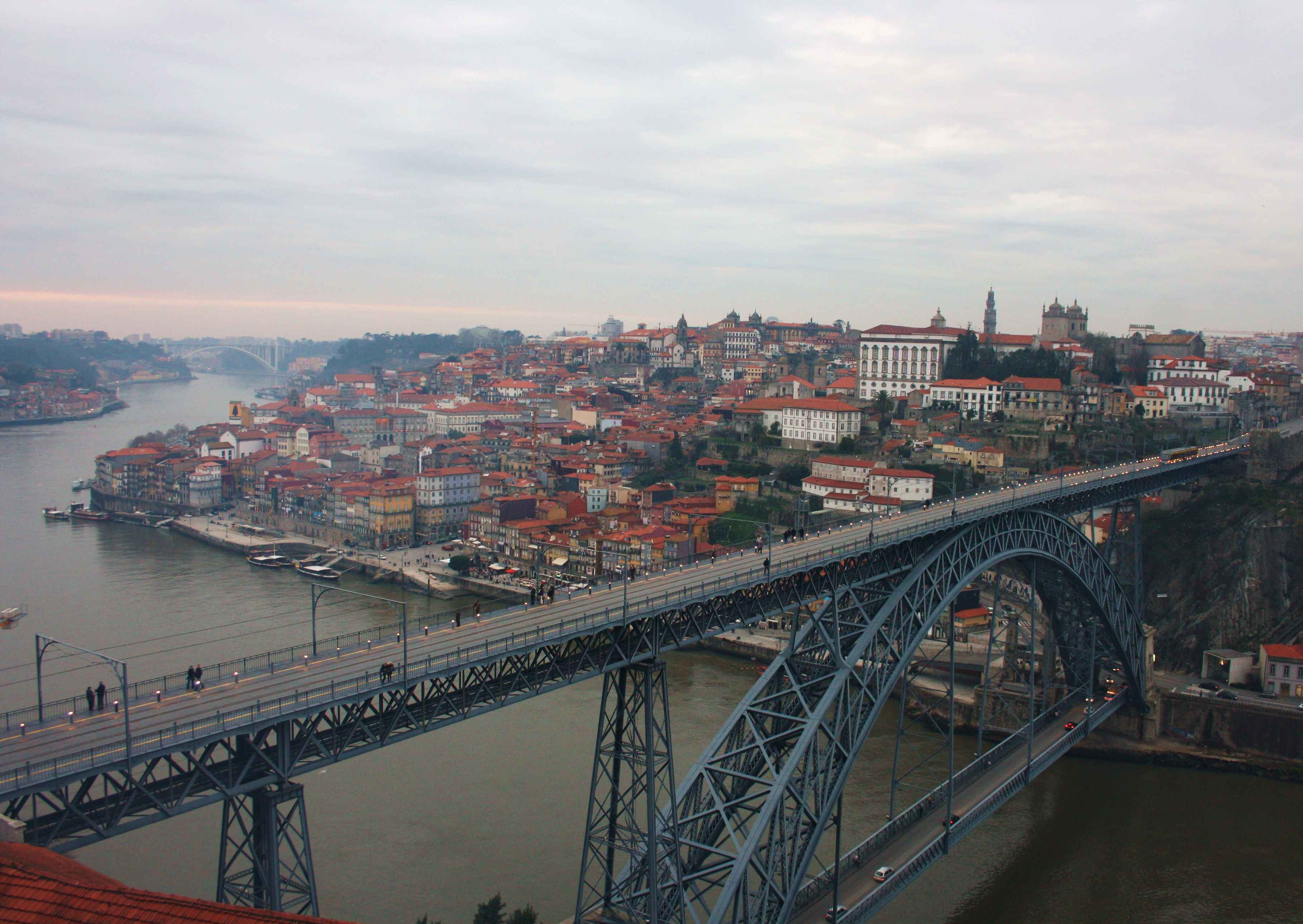 Porto e a súa Ponte de Luiz I dende Vila Nova de Gaia