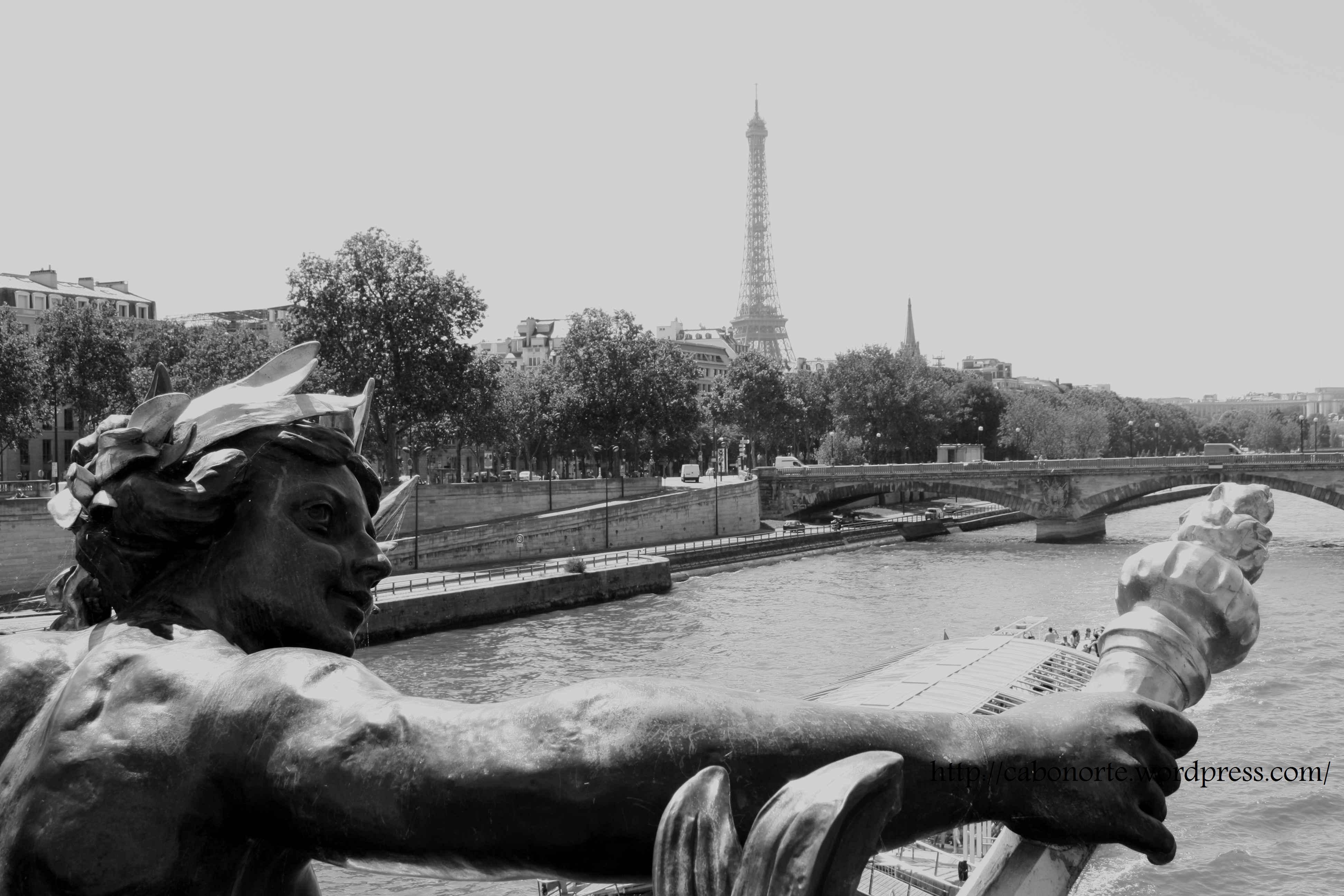 París, dende o Sena. Xullo de 2010