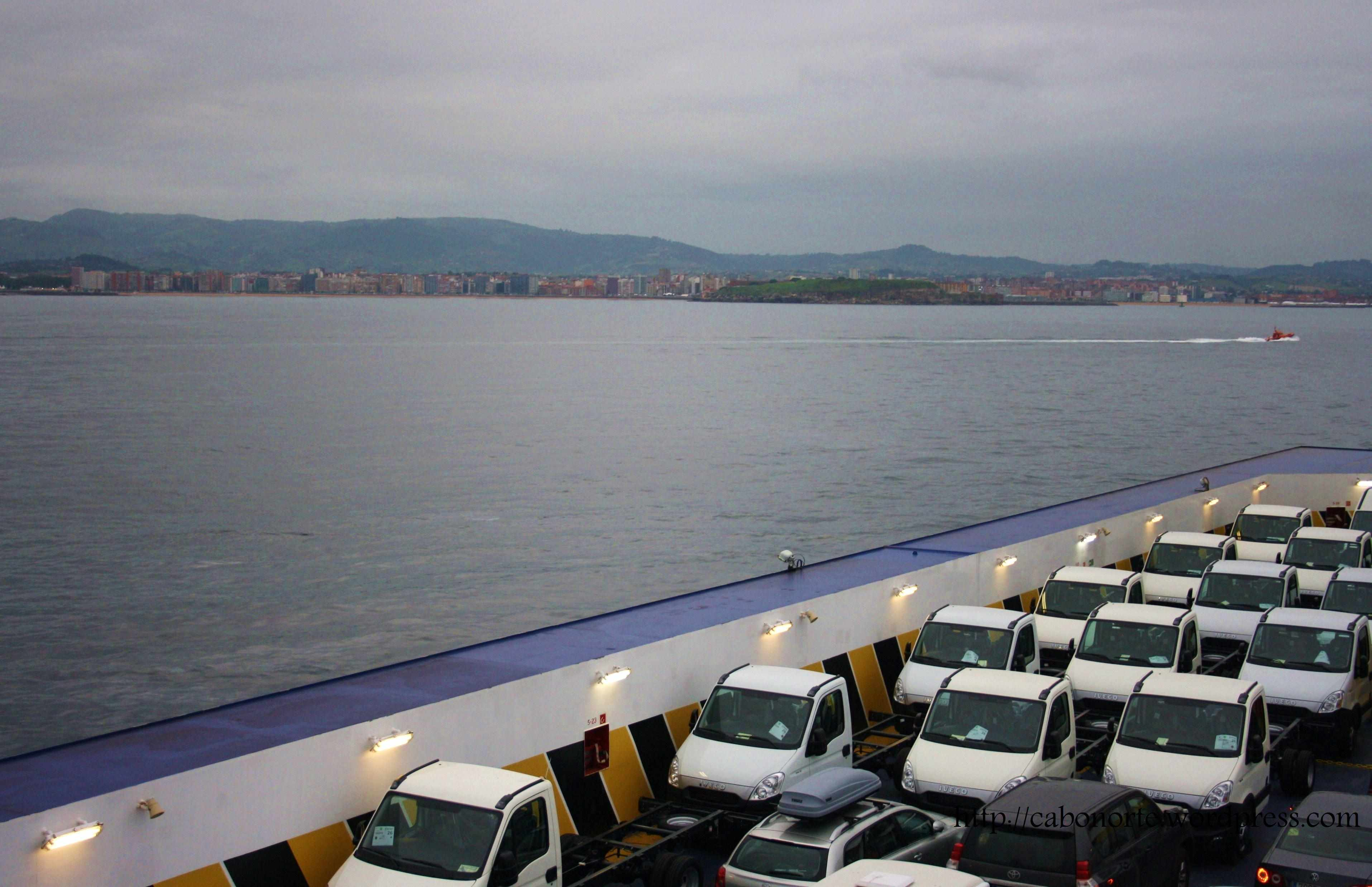 Gijón desde el ferry