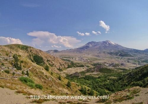 Panorámica da cara norte do Monte Santa Helena