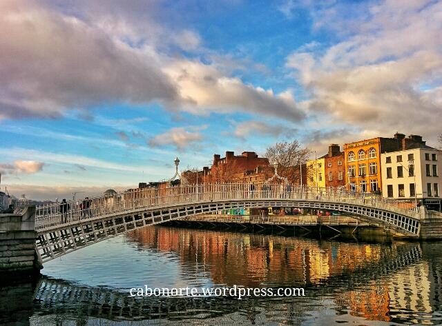 O Río Liffey en Dublín