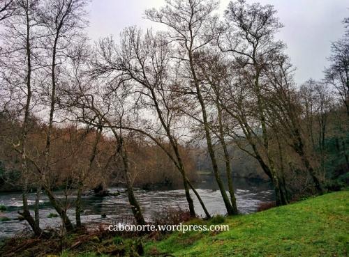 O Rio Ulla polo Concello de A Estrada